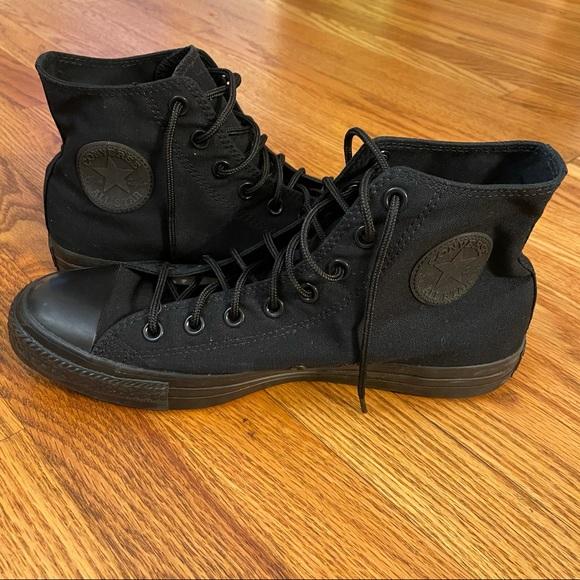New Converse Chuck Taylor Hightop Black Sneaker